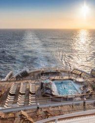 Cunard-Queen Mary 2-Kreuzfahrt buchen-Deck mit Pool