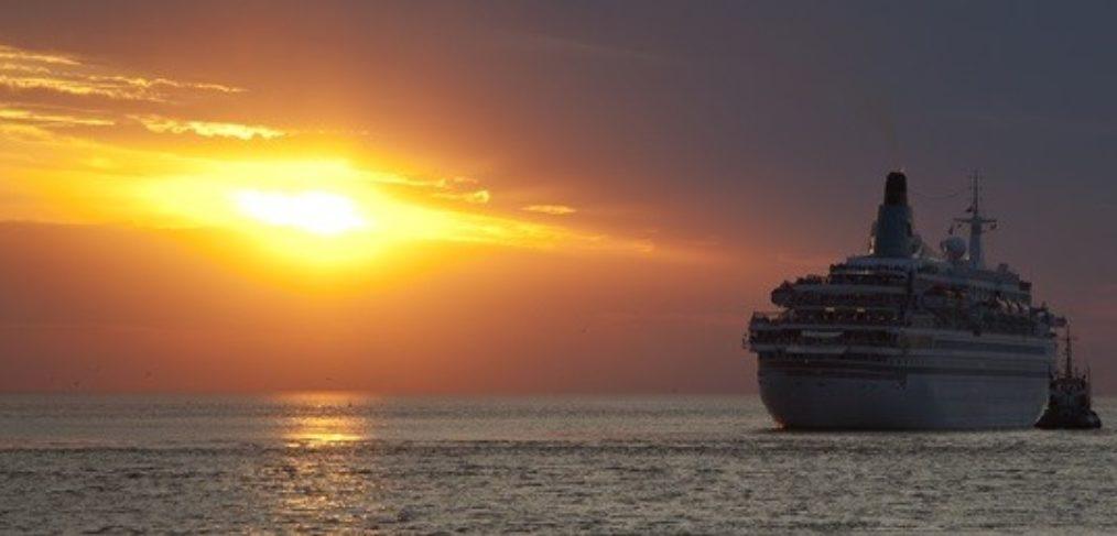 Kreuzfahrt-Kreuzfahrtschiff-Luxusurlaub