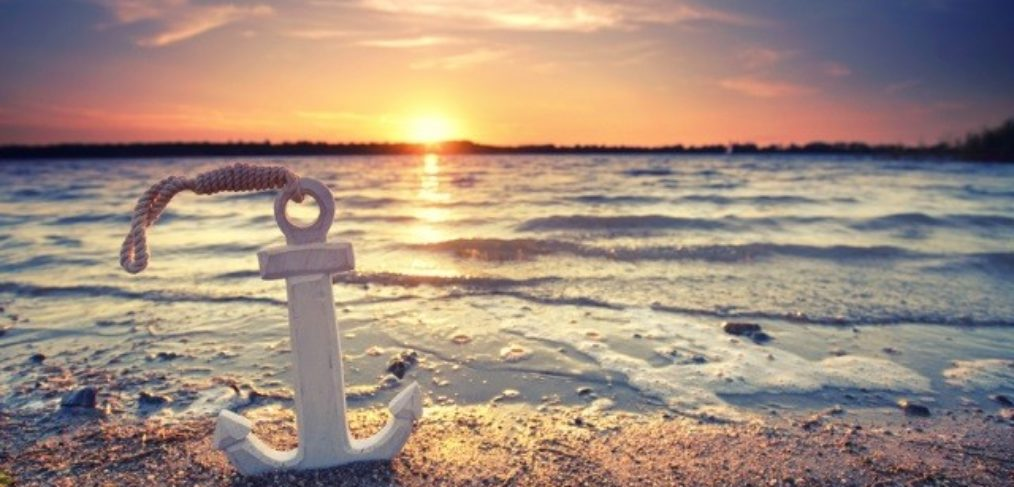 Urlaub am Meer-Strandurlaub-Anker-Sonnenuntergang