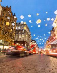 Weihnachtsshopping London-Oxford Street mit Weihnachtsbeleuchtung